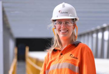 Holcim recruiting due to project growth in WA